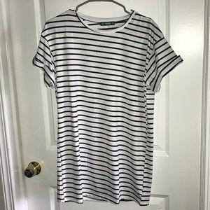 Striped jersey dress ⚪️⚫️